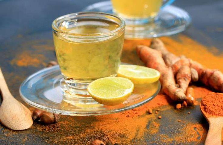 Συνταγές: Δύο αποτοξινωτικά και τονωτικά ροφήματα για να αρχίσετε τη μέρα