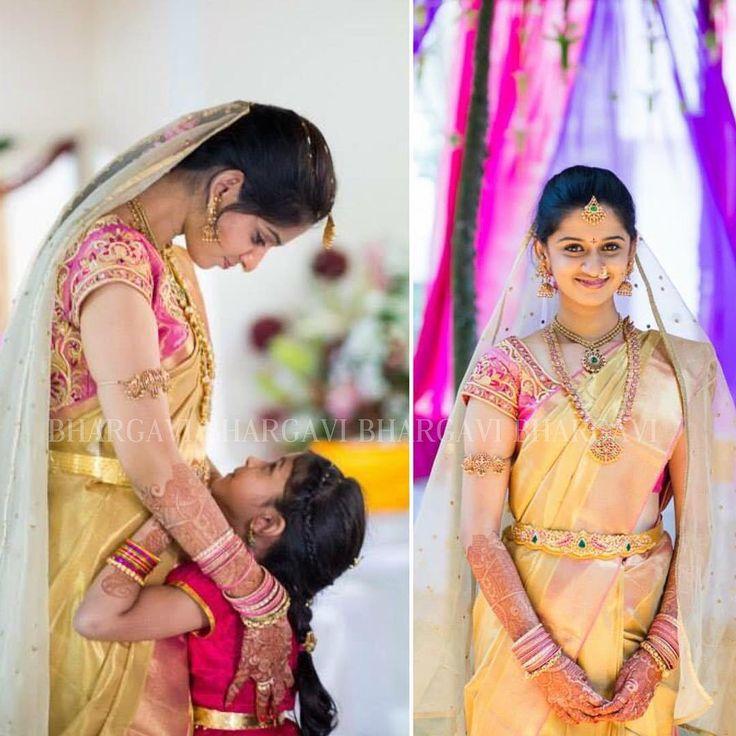 Throwback to this timeless bride! Do check out our latest collection of Kanjeevarams and beautiful blouses at our studio! #beautifulbride #throwback #southindian #southindianbride #bridesofinstagram #beautifulsmile #indiantraditional #kanjeevaram #telugammai #telugutraditions #teluguwedings #kanchipattu #bhargavikunam #bhargavistudio @parnicaa