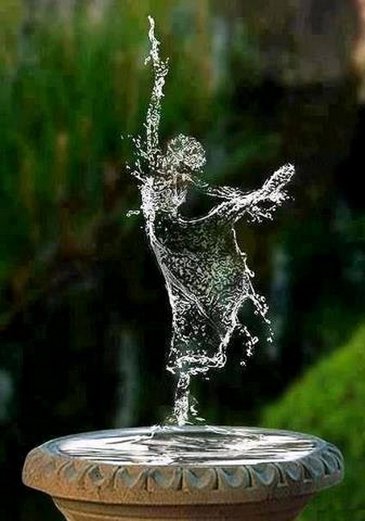 ..Like to have this fountain in my garden..