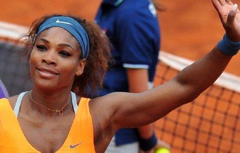 """Serena #Williams dopo #Roma vuole prendersi anche Parigi. Al Roland Garros l'americana difenderà il titolo cercando di gestire il peso di chi è """"condannato a vincere"""". #rg2014"""