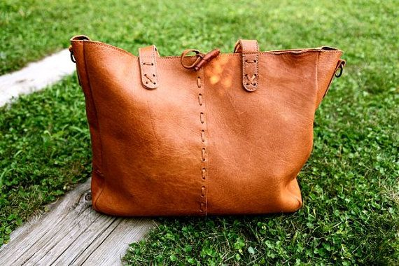 Brown Leather bag made in 100% vegetable tanning. Deer Leather handbag large capacity. Boho chic tote bag made with machine and hand sewing. Ethnic style.
