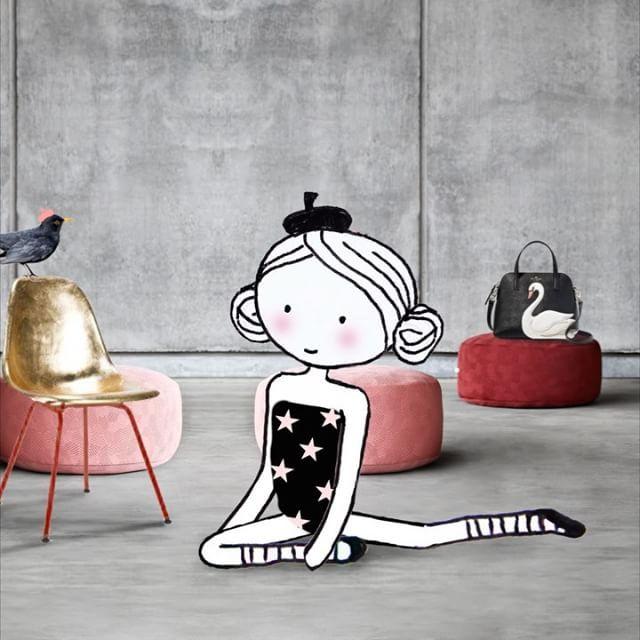 Like a mermaid ⭐️ #yoga #mermaidpose #katespade #swan #bag #kontrast #pouf #yndlingsting #bordeau #pink #concrete #star #alytejas #ballet #music @katespadeny @yndlingsting #drawing #sketching #video #illustration #collage #15seconds #animation