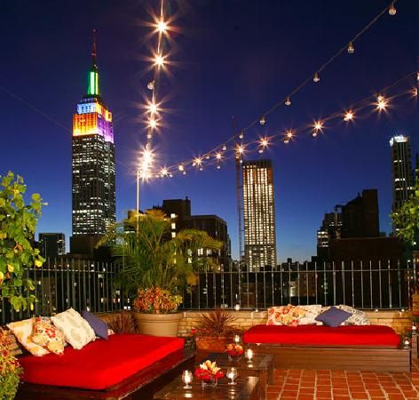 Rare Bar and Grill in Chelsea #NYC #NYCnightlife #restaurant