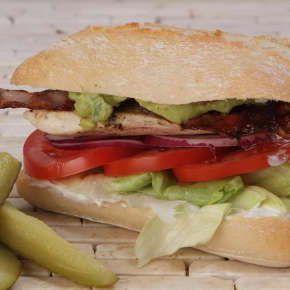 California Chicken Sandwich - All About Street Food (Új/New!) | Rendeld meg most a LeFoodon, Házhozszállítással, online, másodpercek alatt: http://lefood.hu/allaboutstreetfood | Összetevők: Ciabatta, csirkemell, korianderes lime-os tejföl, paradicsom, jégsaláta, lilahagyma, bacon, quacamole | EN: Order now online! California Chicken Sandwich: Ciabatta, chicken breast, sour cream with lime and coriander, tomato, lettuce, red onion, bacon, quacamole