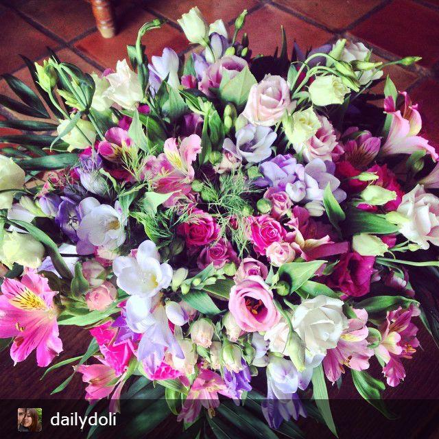 Bouquet Gala interflora reçu par daylidole ❤  #fleurs #bouquet #cadeau #flowers #gift #plaisir #magnifique #interflora #interflorafrance #fleuriste #livraison #fleuristecreateur #compositions #florales