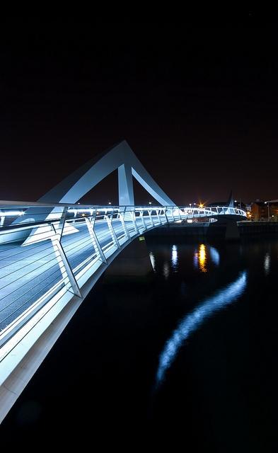 Tradeston Bridge Glasgow, Scotland via flickr