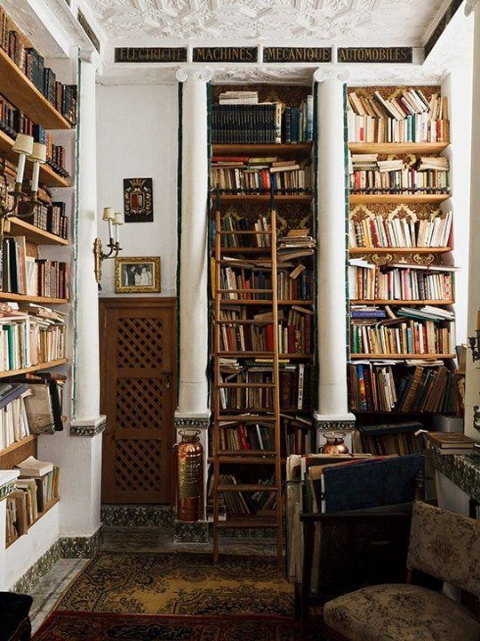 YES!!! 10 Tousled Bookcases that Prove You Don't Have to Over-Style Everything | Apartment Therapy