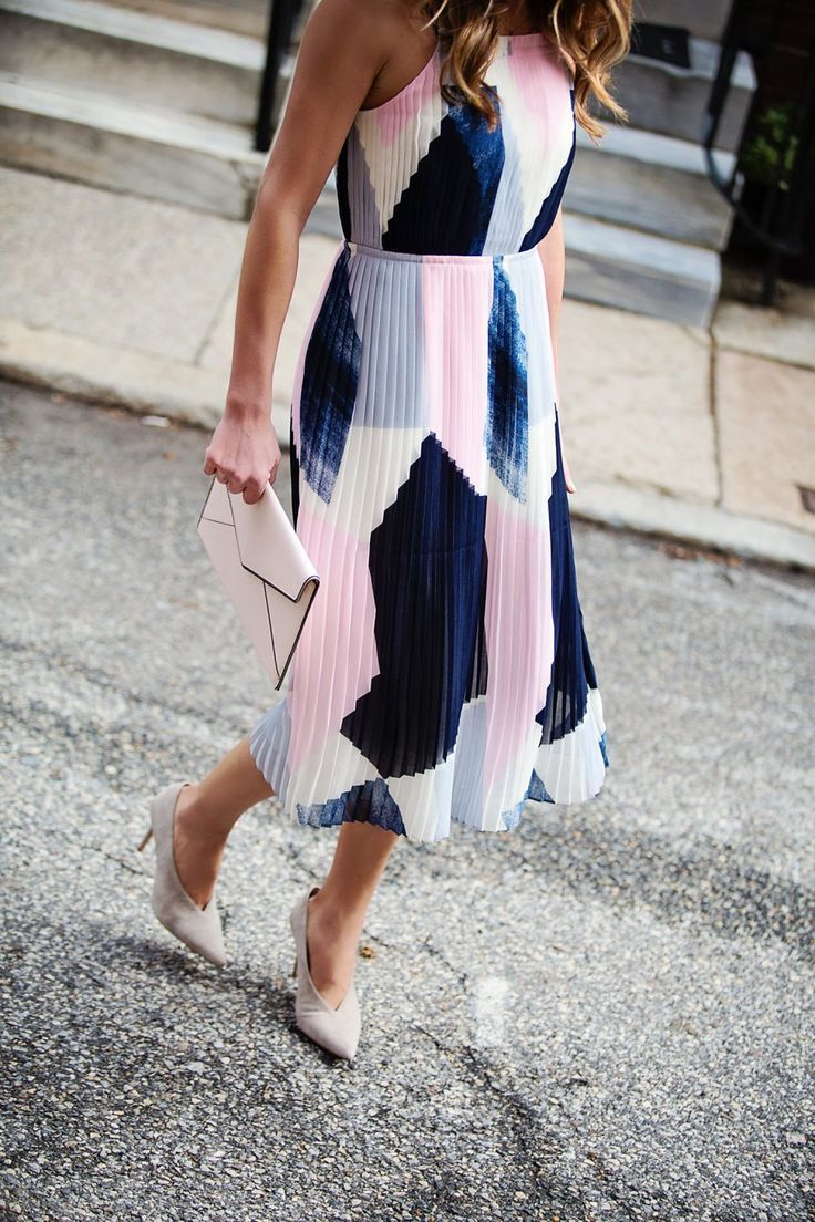 The Mother Chic Wears Banana Republic Wedding Guest Dress Dresses The Courage In 2020 Wedding Guest Outfit Spring Wedding Attire Guest Guest Attire
