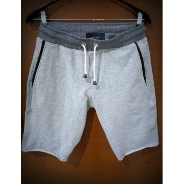 Saya menjual Celana Pendek Pria seharga Rp130.000. Dapatkan produk ini hanya di Shopee! https://shopee.co.id/anger1303/391361274 #ShopeeID