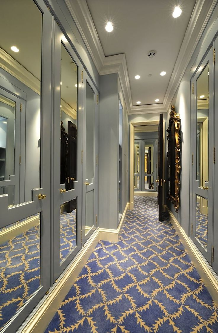 1000 images about closets dressing rooms on pinterest for Celebrity dressing room mirror