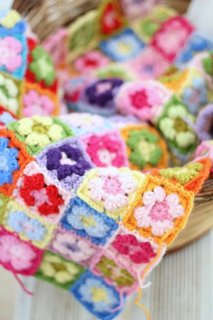 """Heart"" Crochet - mini granny square blanket in gorgeous ice cream colours"