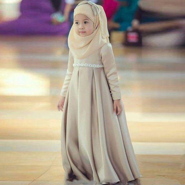 Прекрасные Цвета Хаки Мусульманин Цветочница Платье С Хиджаб Лук Тюрбан причастие платье pageant платья для девочек детские вечерние платья