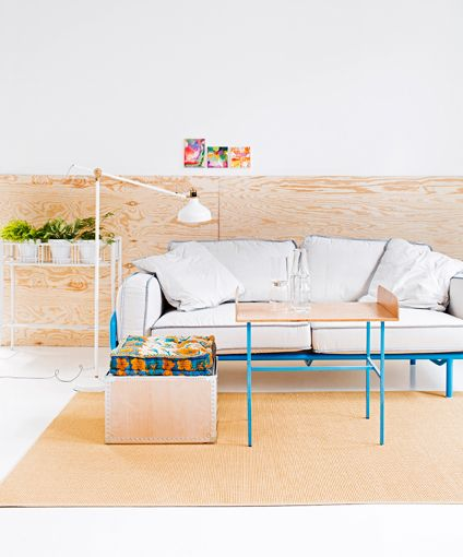 Clear & untroubled living room. Plywood is great material! Styling Anna-Kaisa Melvas, photo Päivi Anita Ristell / Glorian Koti.