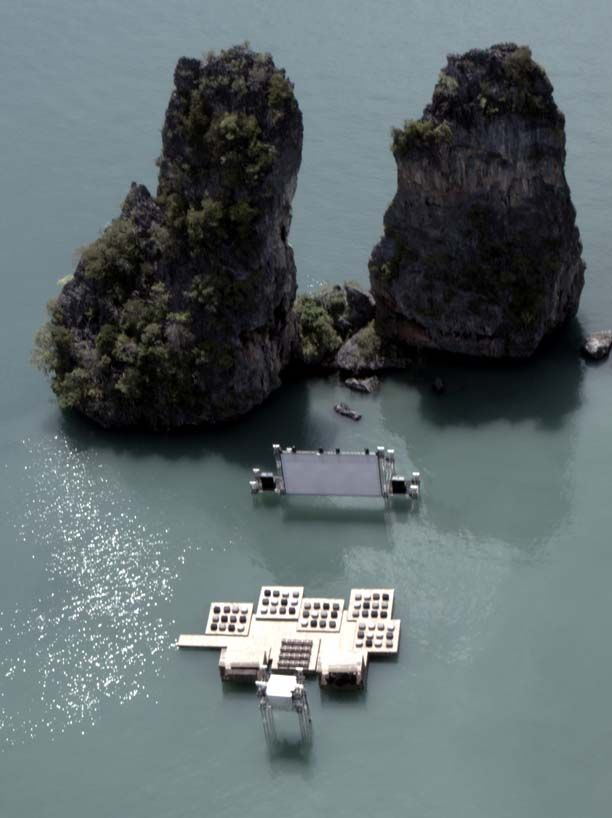 ole scheeren: floating cinema  Visit the link by cliclink picture, this is fantastic!!!