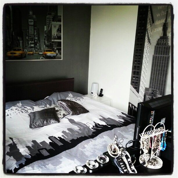 111 best nyc bedroom theme images on Pinterest | Bedroom ideas ...
