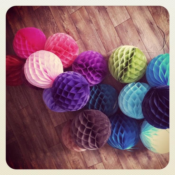 Honeycomb paper balls/ photo shoot