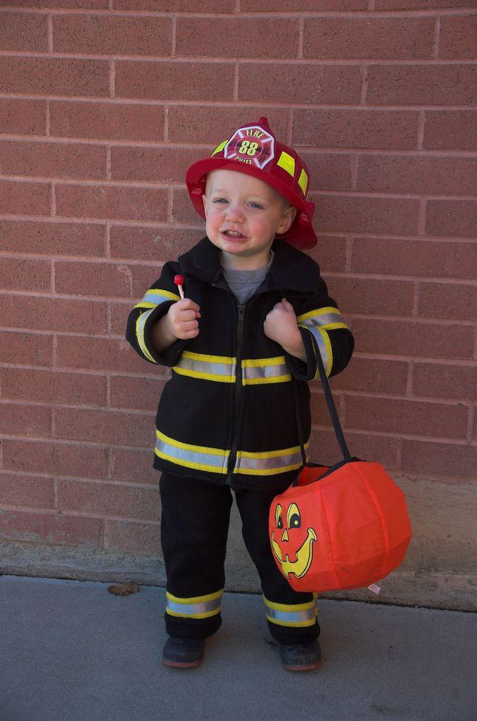 DIY Fireman costume for Maddox
