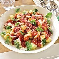 Kids-n-fun | Recept Gnocchi met tomatensaus