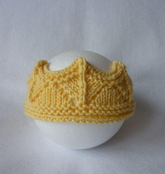 Principessa bambino / principe maglia corona, puntello di foto uniche e carino per 6-12 mesi di età, corona principessa maglia gialla