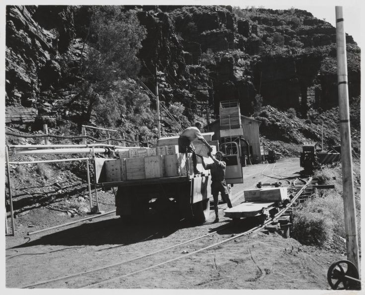 816B/TB/2678: Unloading explosives at entrance to Wittenoom Asbestos Mine, July 1958 http://encore.slwa.wa.gov.au/iii/encore/record/C__Rb1886870?lang=eng