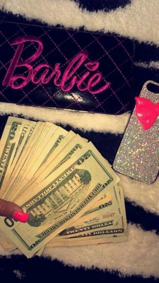 Pin by 𝖕𝖗𝖎𝖓𝖈𝖊𝖘𝖘 on Mood Money goals, Bad girl aesthetic