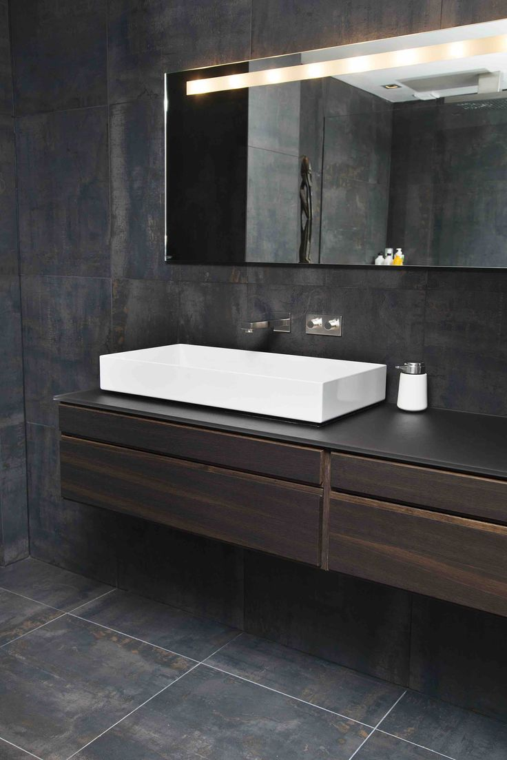 Form 1 // Smoked oak bathroom by Multiform