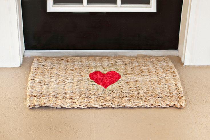 DIY Valentine Welcome Rug | Pretty Fluffy