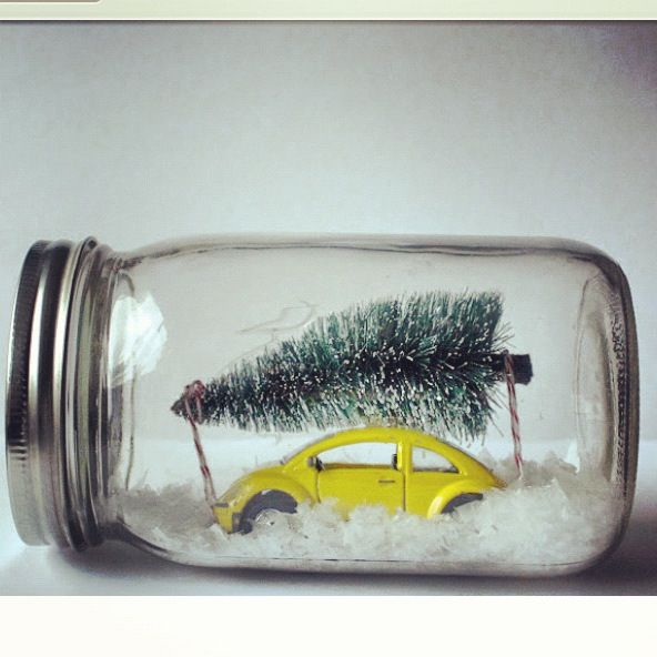 DIY Winter Wonderland Mason Jar. Such a cute gift idea! For inspiration only, but such an easy craft! This is sooo cute!!