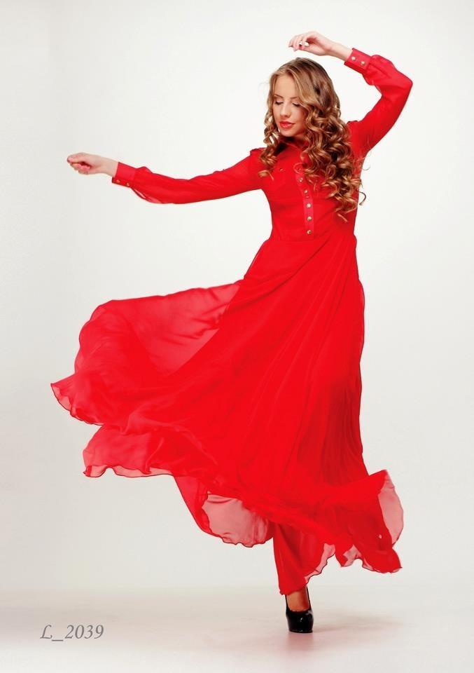 """Если сомневаетесь, надевайте красное!"" - Билл Бласс (нью-йоркский модельер середины XX века).   ""When in doubt...wear RED"" - Bill Blass  #enna_levoni #ennalevoni #dress #collection #closes #elegant #fashionstyle #fashion #fashioned #fashionista #beauty #beautiful #girl #instafashion #womensfashion"