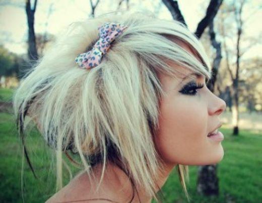 love it: Scenehair, Shorts Hair, Fake Eyelashes, Go Blondes, Cute Hair, Hair Bows, Hair Style, Scene Hair, Scene Girls