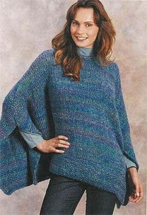 How To Knit A Poncho For Beginners Pattern : 25+ Best Ideas about Tricoter Un Poncho on Pinterest Poncho en laine, Ponch...