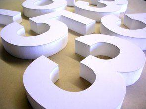 Foamletters van signletters.nl zijn letters, cijfers of logo's uit eps (piep) schuim