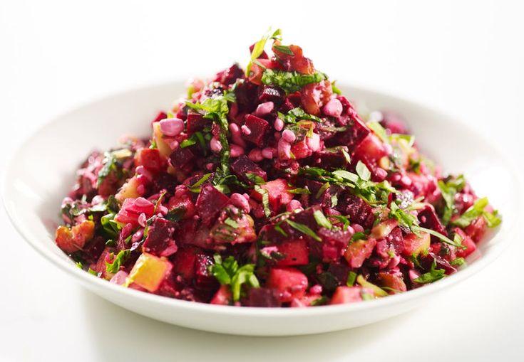 Rødbedesalat: lækker sprød salat med æble og hytteost | Aktiv Træning