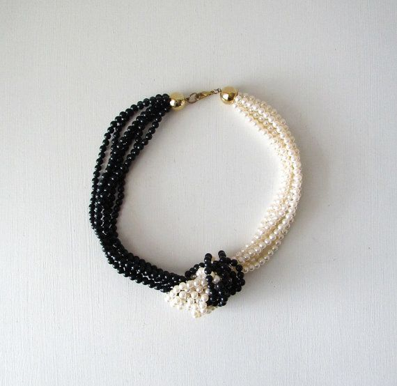 Faux Pearl Necklace collana con nodo di graybeardsfinds su Etsy