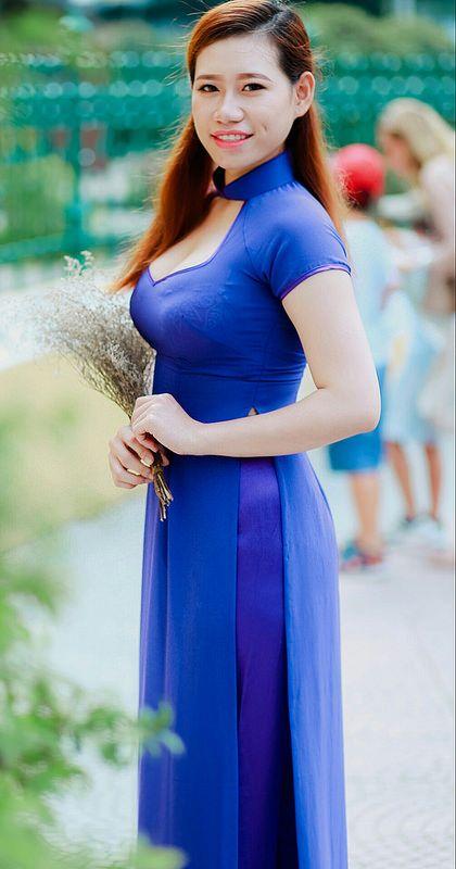 Tuoi xanh  Ao dai  Vietnamese dress Fashion Prom dresses