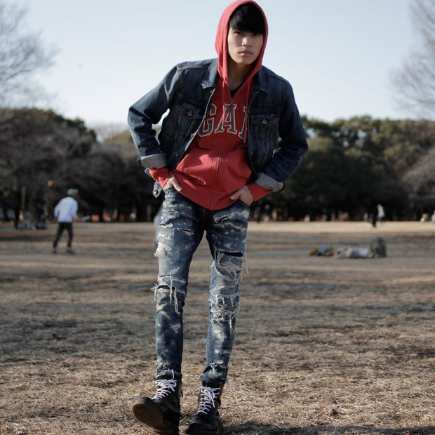 [Taiga Igari styled in GAP & Christian Dada - www.Fashion.my] Name: Taiga Igari 猪狩大虎, Jacket: GAP, Sweater: GAP, Trousers: CHRISTIAN DADA, Shoes: Dr.Martens #Taiga #ChristianDada #StylishMan