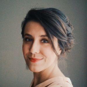 Selvi Krl (@slvkrl) :gülümseme dalgaları,saç dalgaları dokunabilir miyim gözlerine