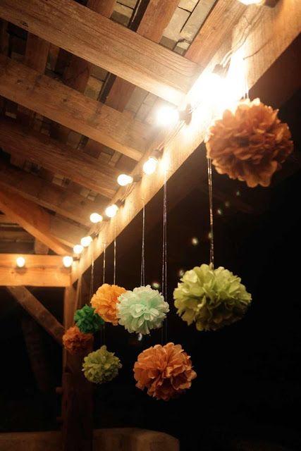 / DIY Tissue Paper Pompoms