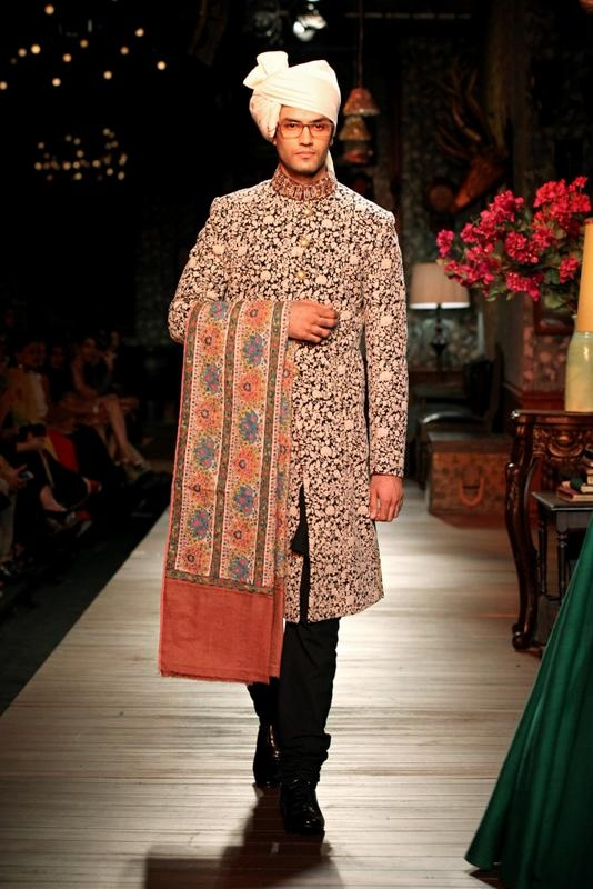 Sabyasachi Autumn/Winter Collection at Delhi Couture Week 2012