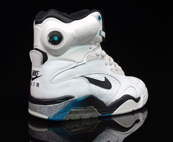 David Robinson pumps- I has these in a neo green color way.