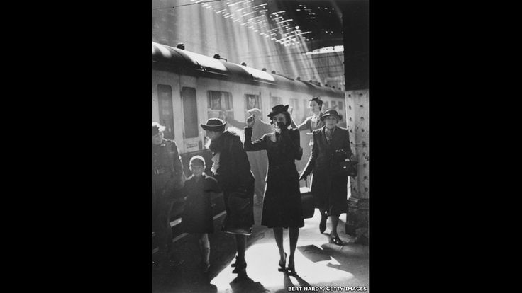 In pictures: Bert Hardy - BBC News