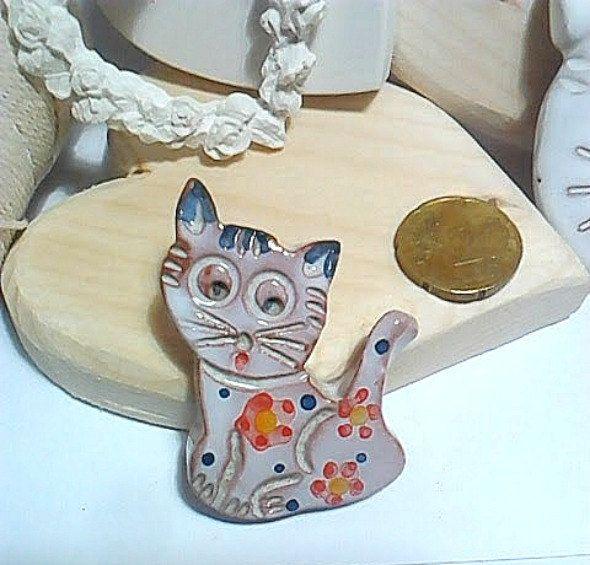 Ceramic Cat magnet/Refrigerator magnet/kitchen decoration/Fridge magnet/Fridge decoration/Office magnet/Animal lover gift/Cat lovers gift/