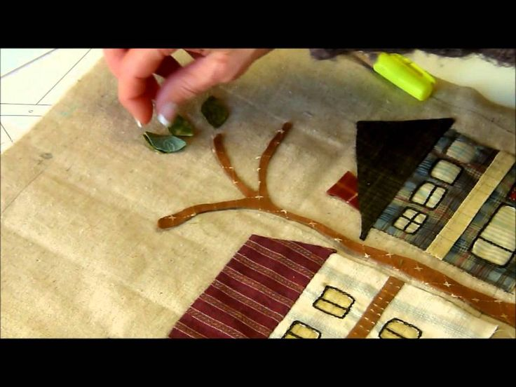 Bloc 1 - video 2/2 - Mystery QUilt Yoko Saito by QUILTMANIA Editions  http://www.quiltmania.com/english/home.html