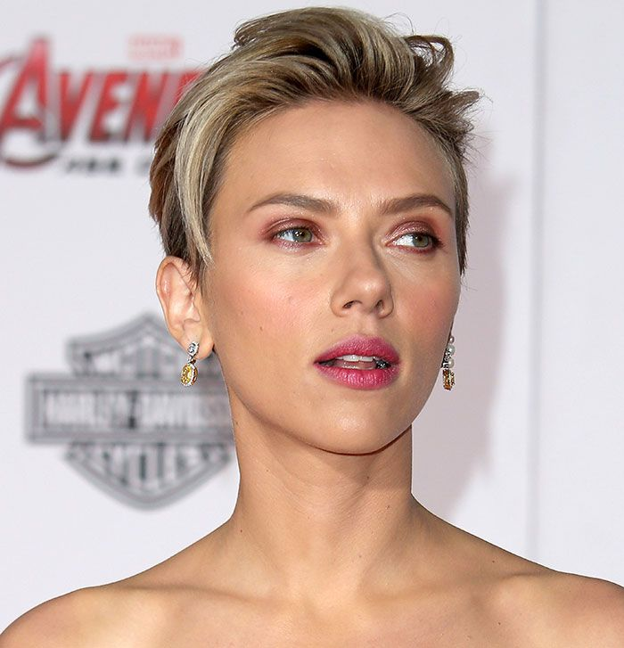 Scarlett Johansson Oozes Sex Appeal in Leg-Baring Stella McCartney Dress and Jerome C. Rousseau Heels