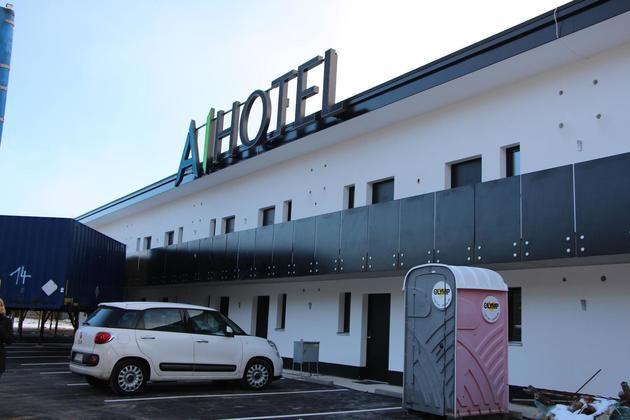 Das AI-Hotel am Waizenhof soll noch vor Weihnachten die ersten Gäste beherbergen.