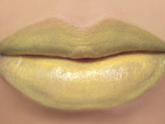 Vegan Yellow Lipstick - DAISY (light yellow lipstick) natural lip tint, balm, lip colour mineral lipstick