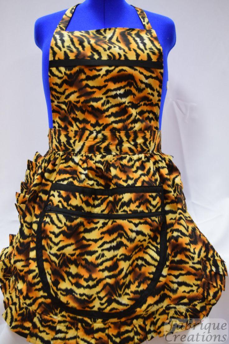Retro Vintage 50s Style Full Apron / Pinny with Large Zipped Pocket – Gold & Black Tiger Stripes (B)