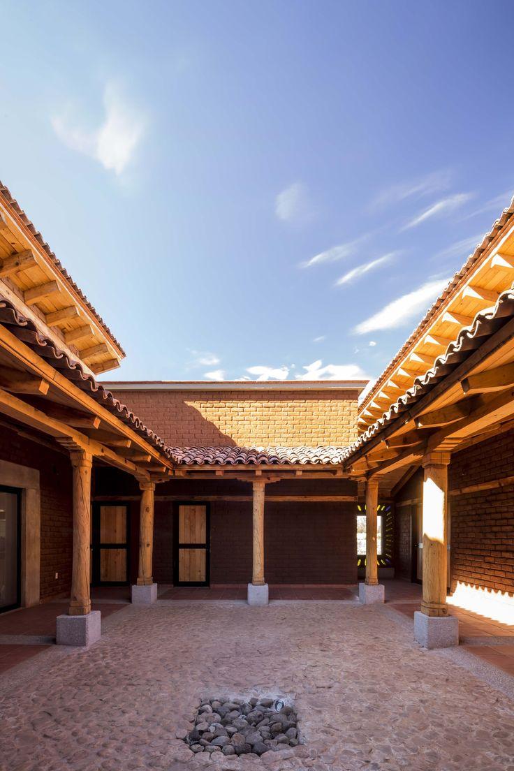 Casa K'umanchikua / Moro Taller de Arquitectura