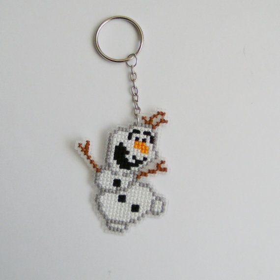 Olaf Cross Stitch Keychain van RetroFaerie op Etsy