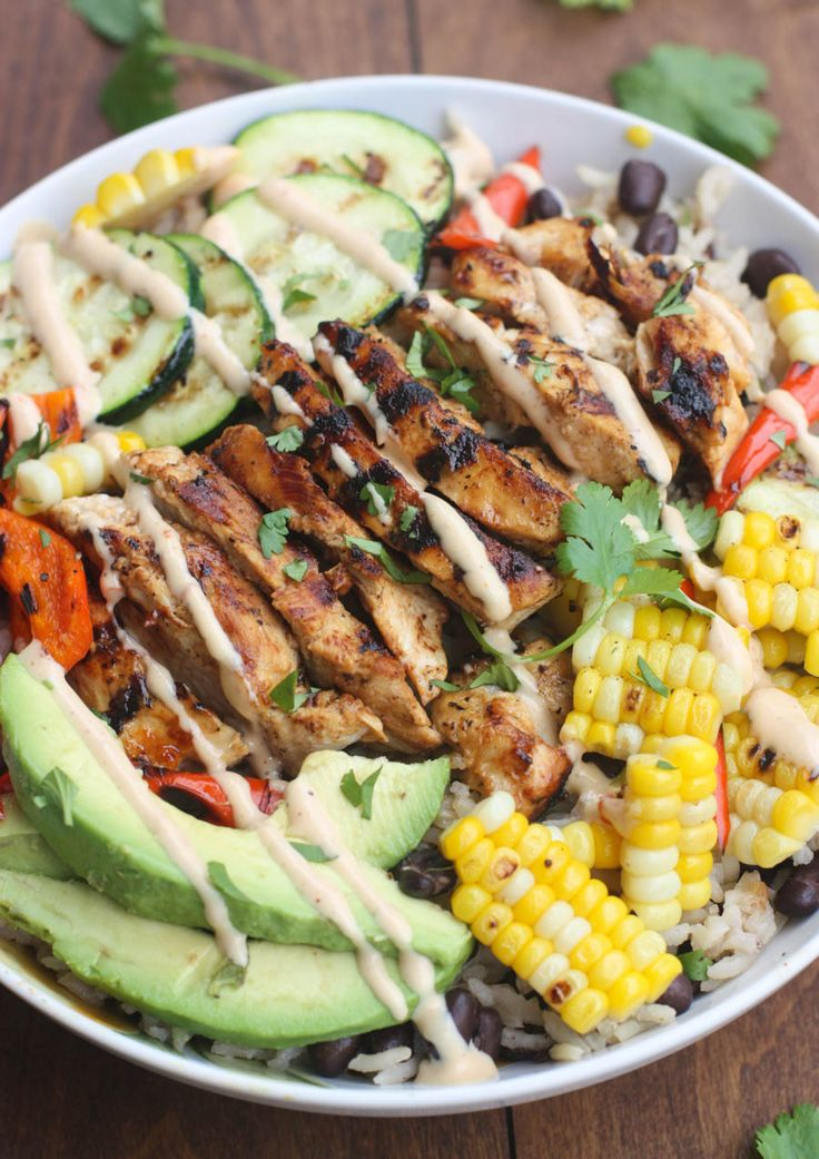 15 Easy & Healthy Summer Bowls You NEED in YourLife   BBQ Ranch Grilled Chicken + Veggies Bowl over black bean rice   @stylecaster